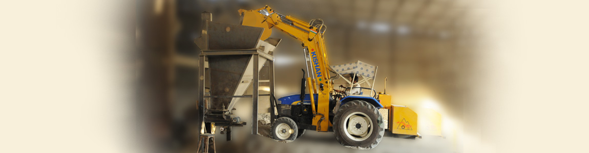 Concrete Plant Loader : Hydraulic tractor loader for cement industry